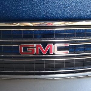 GMC Yukon 2015-2016-2017-2018-2019 parrilla ORIGINAL
