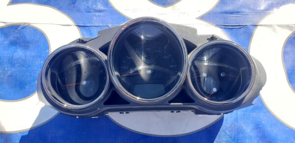 Cadillac cts 2008-2010 Cluster
